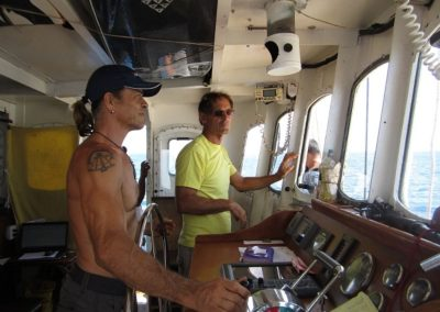 V40- Underway- Capt Brad and Bengineer