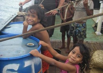 Nate and Kiribati children