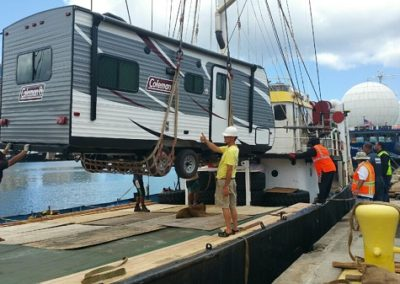 2017,V40,Trailer going to Kiritimati