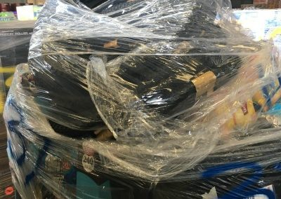 2017,V42 Cargo of bicycle tires etc.